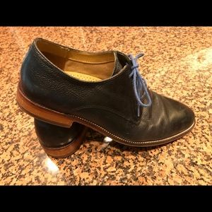 Black Cole Haan — size 8.5 medium